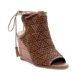 Lucky Brand   Riskee Wedge Sandal